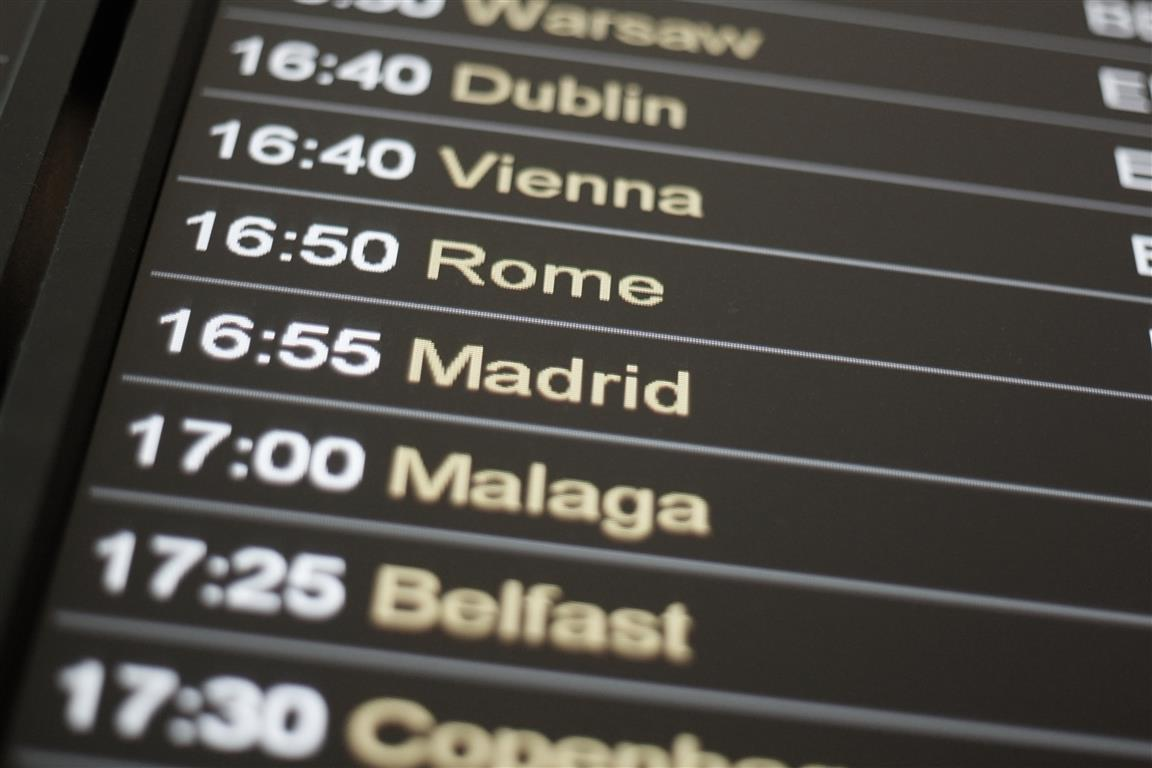 Delays expected at EU border controls at airports in Spain